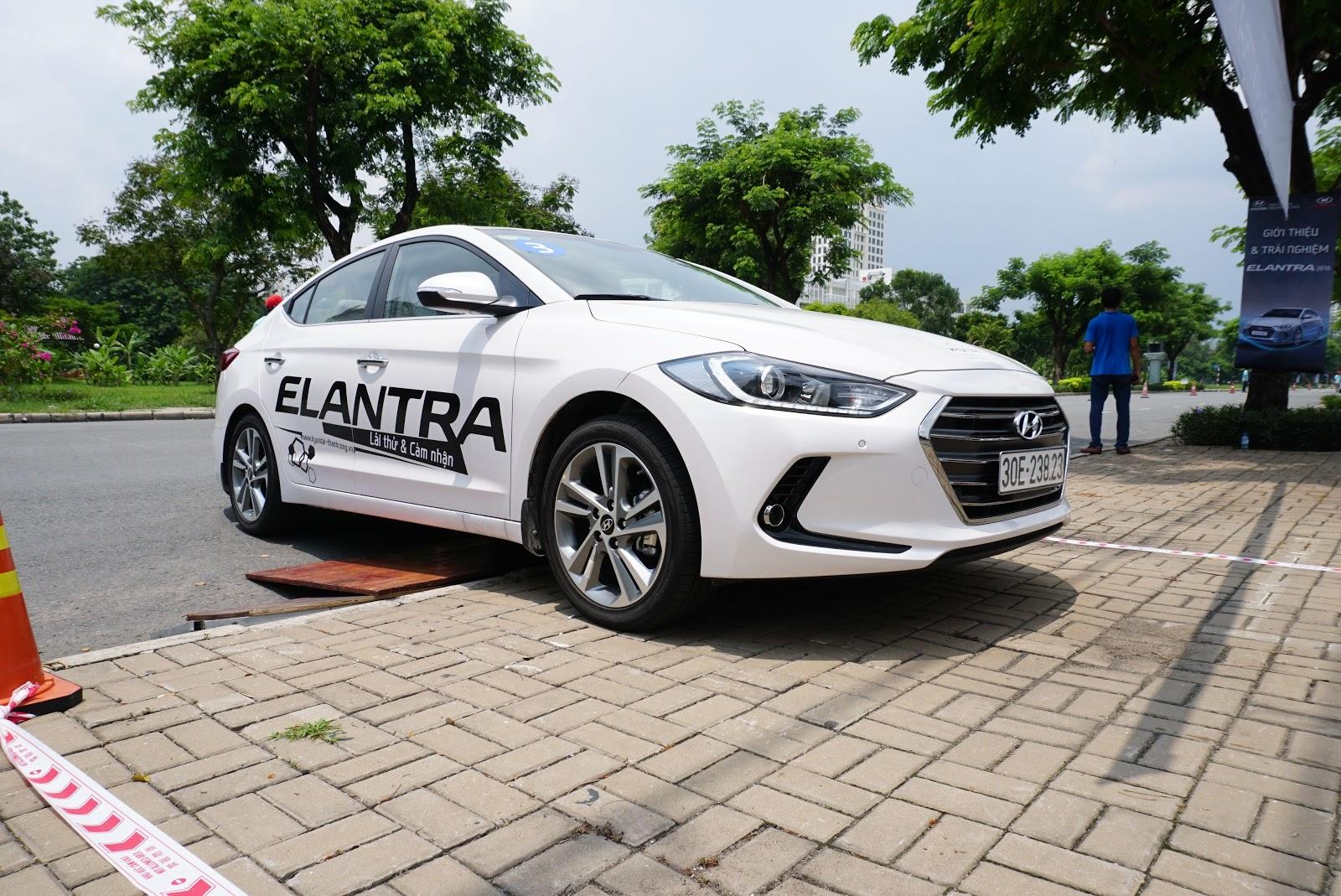 Hyundai Elantra mới sẽ thay đổi thị trường phân khúc sedan cỡ C