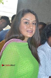 Agalya Tamil Movie Launch Stills  0010.jpg