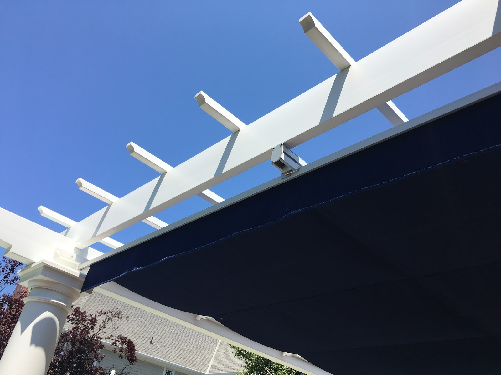 Custom canopy on pergola - ideas from garden tour