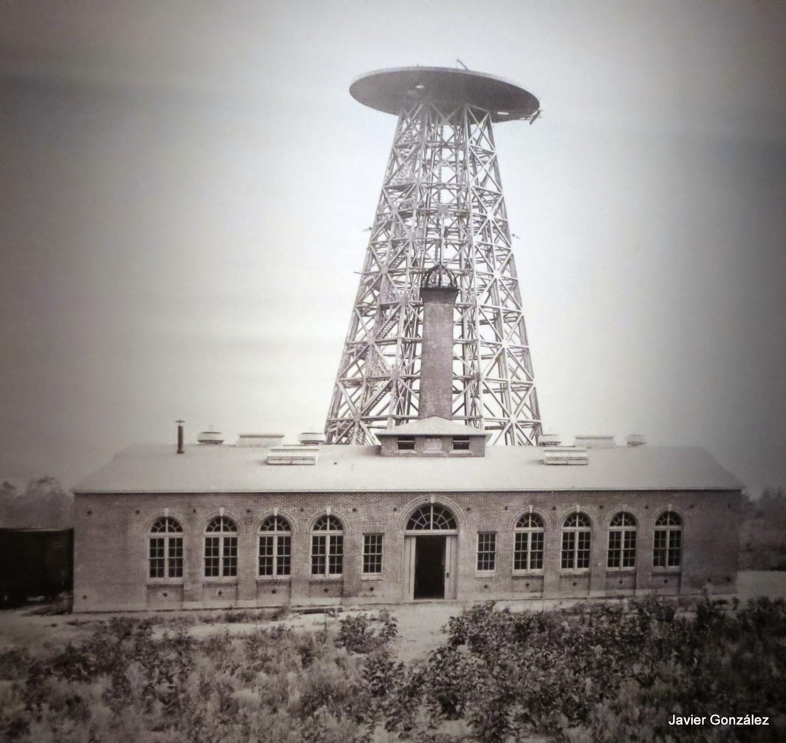 Nikola Tesla. inventor, ingeniero mecánico, ingeniero eléctrico, físico, corriente continua, corriente alterna, AC, DC, CA, CC