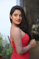 Mamatha sizzles in red Gown at Katrina Karina Madhyalo Kamal Haasan movie Launch event 170.JPG