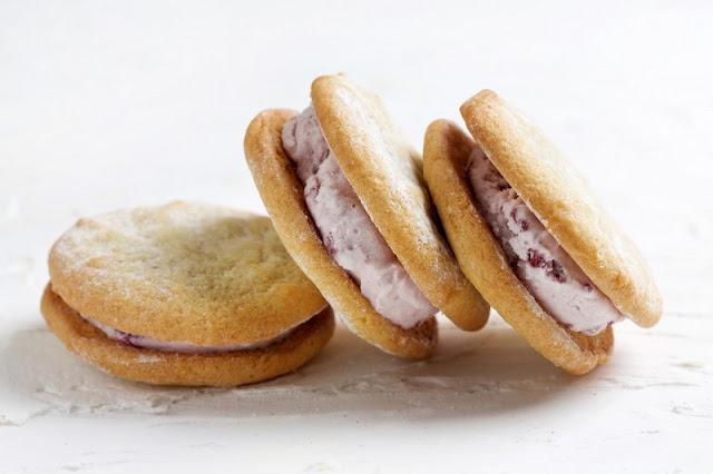 Bake Burgers and Sittin in a free ice Cream Freezer