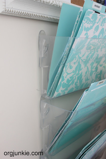 12 Ways to Organize with Command Hooks - organize a hanging file :: OrganizingMadeFun.com