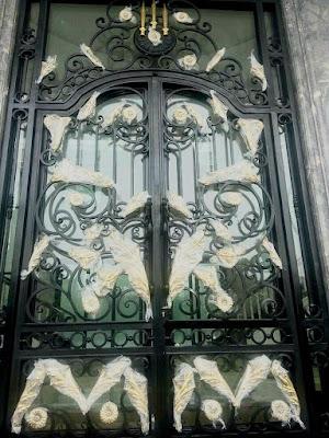 pintu besi tempa untuk pagar klasik