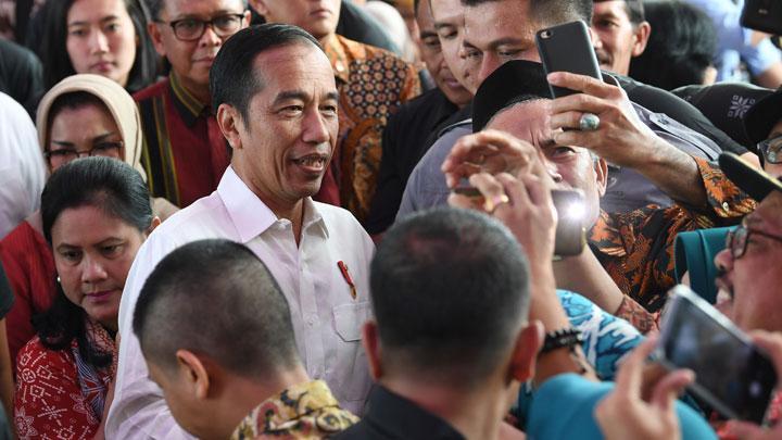 Kejadian Memalukan Saat Jokowi Kampanye di Makassar