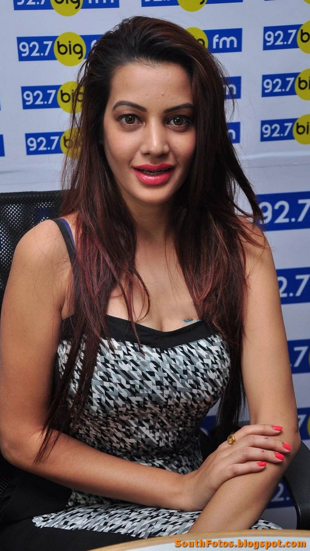Diksha Panth Hot Photos