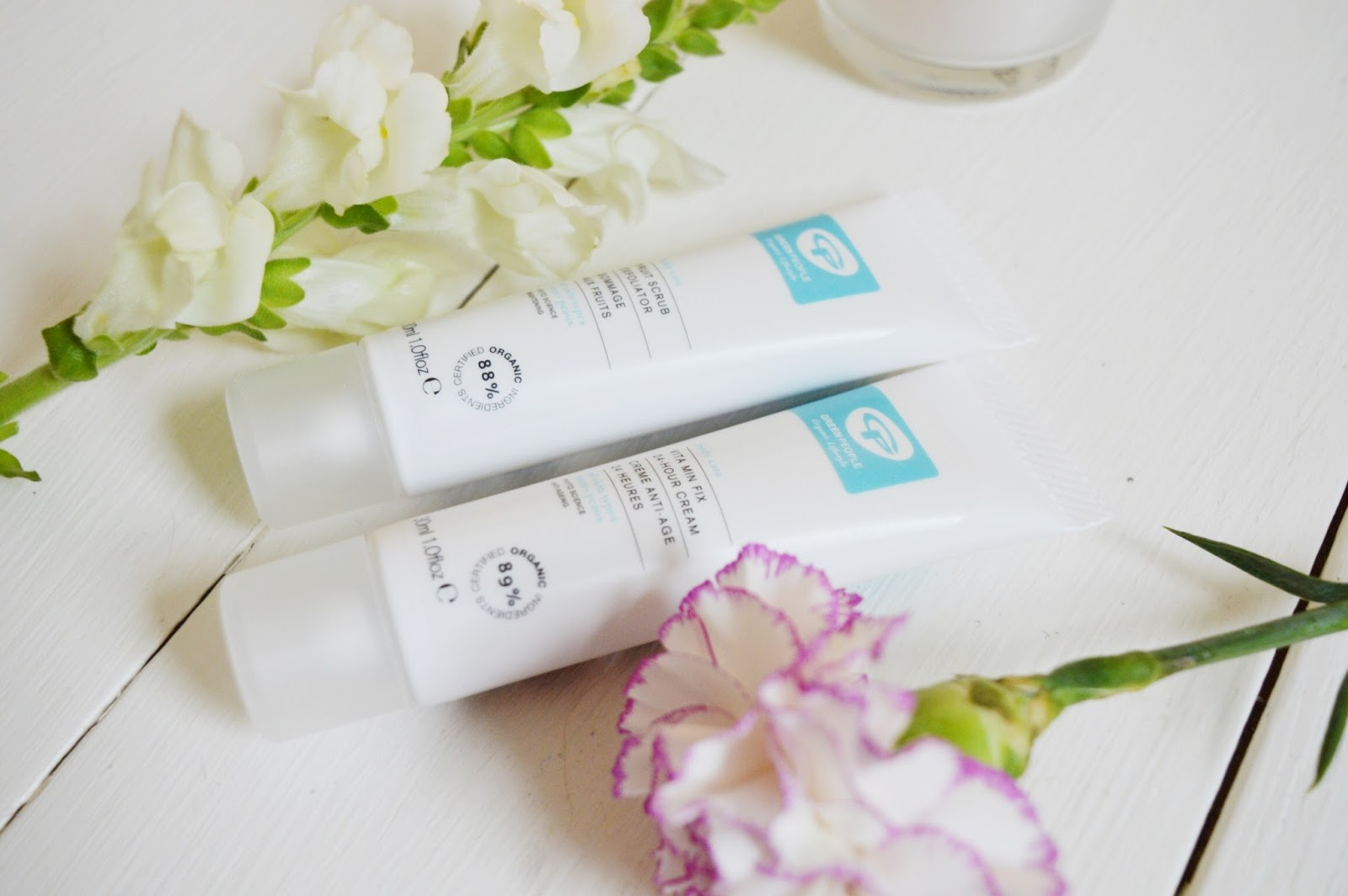 Green People skincare review, beauty bloggers, UK beauty blog, FashionFake blog