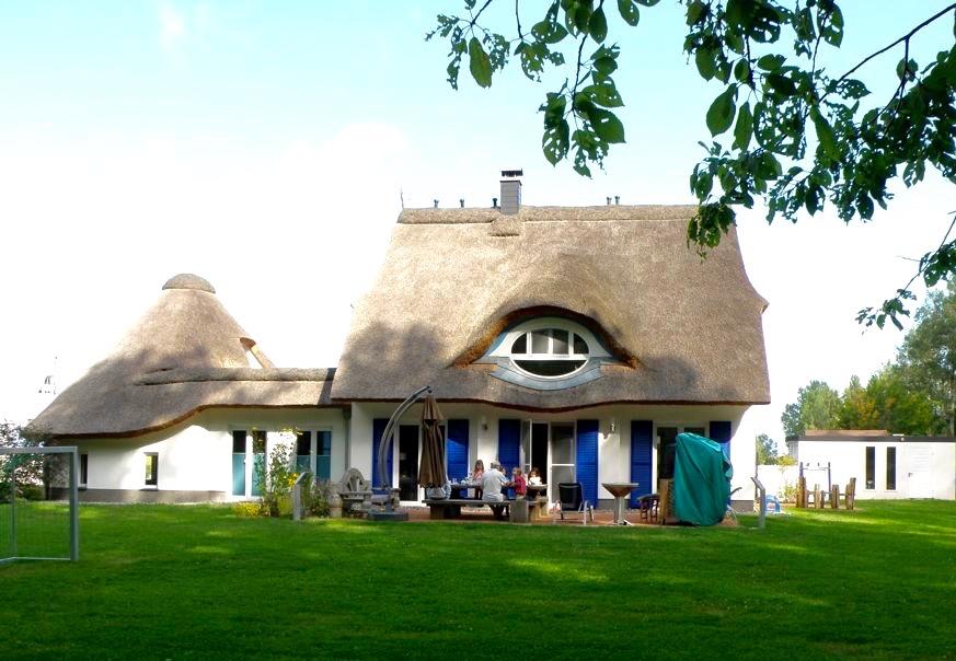 Terrasse und Garten der Villa Merle, Insel Rügen