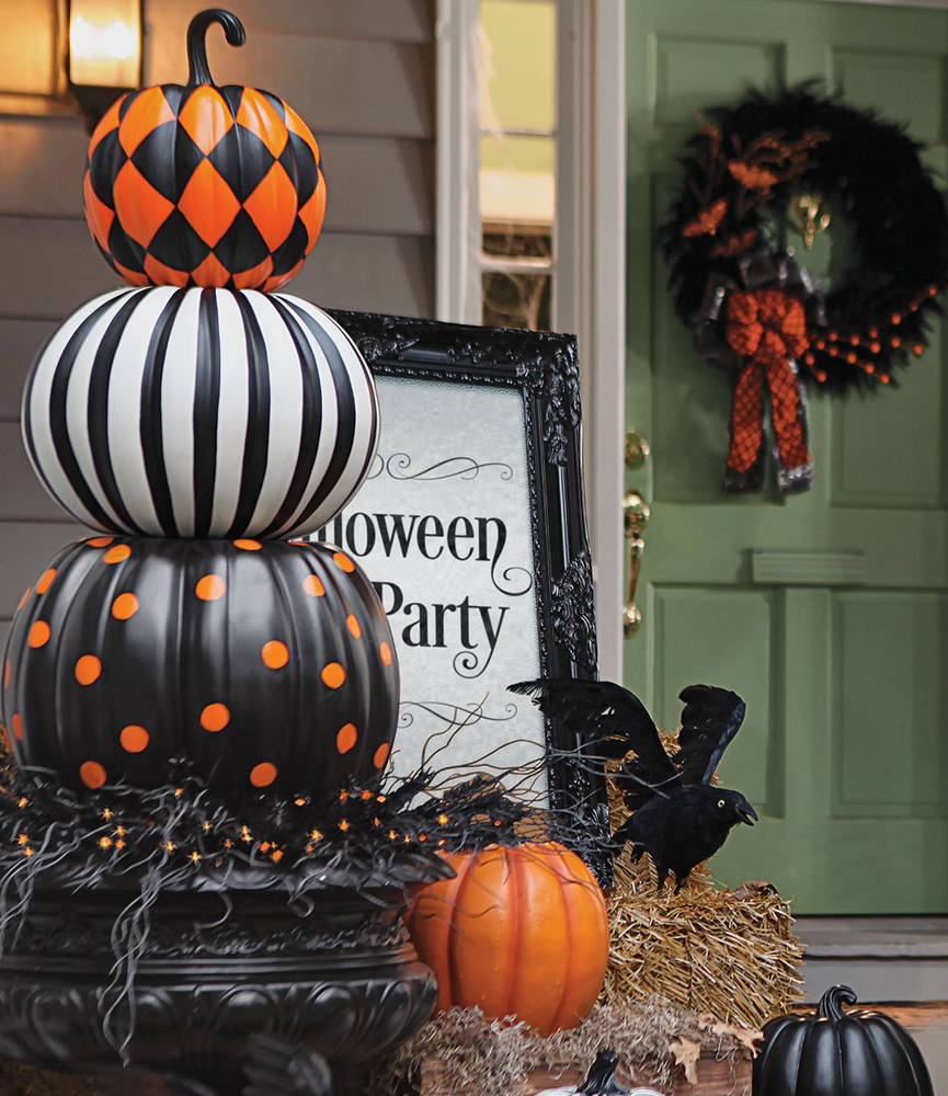 Grandin Road Halloween Decor