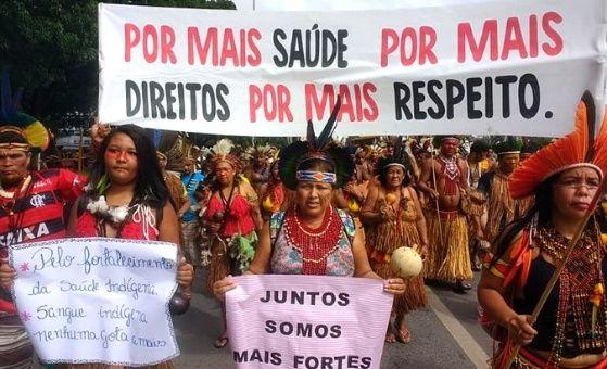 Bolsonaro amenaza con eliminar el sistema de salud indígena