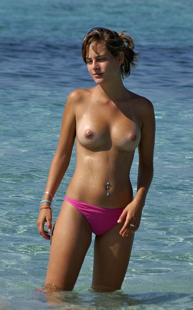 Hot nude beach girls voyeur spy hd photo sex photo
