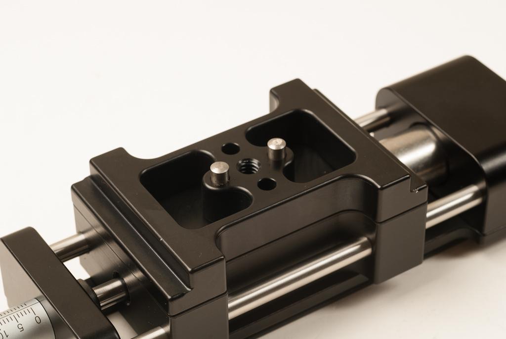 Hejnar PHOTO MS4 Macro / Micro Rail - clamp aligmnent pin detail