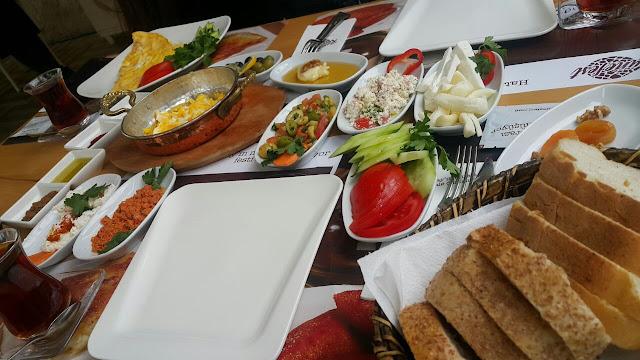 kunefest-hatay-yoresel-kahvaltı