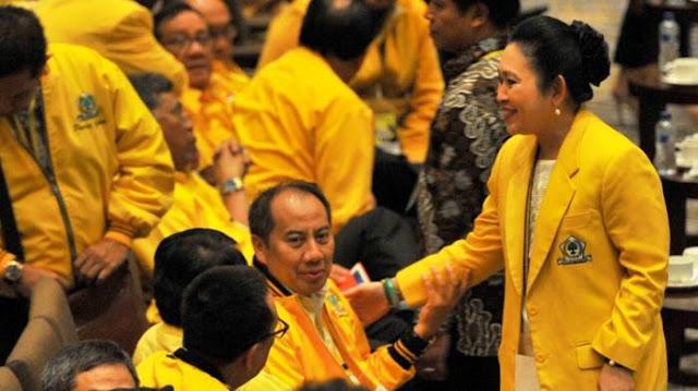 Airlangga Pimpin Golkar, Bagaimana Nasib Titiek Soeharto?