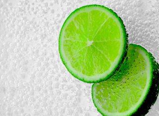 4 Benefits of Choosing Natural Acne Medication