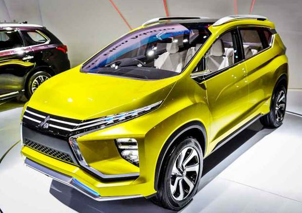 mitsubishi expander 2018 with 2018 Mitsubishi Xpander Specs And Price on 46538 together with Promo additionally Production Spec Honda Br V Crossover Rear End Rendering Regarding 2017 Honda Brv Review furthermore Mitsubishi Expander Gunakan Suspensi Milik Evo X in addition Watch.