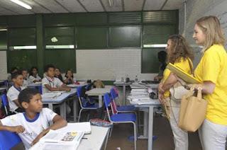 http://vnoticia.com.br/noticia/2027-decisao-do-stf-sobre-ensino-religioso-pode-desorganizar-gestao-das-escolas
