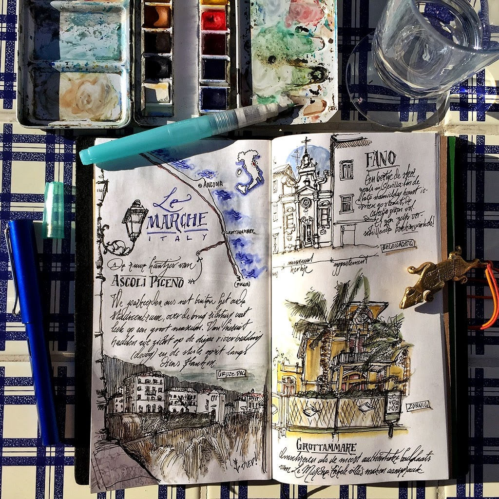 16-Travelogue-Italy-dessinauteur-Urban-Sketches-and-Travel-Journals-on-Moleskine-www-designstack-co