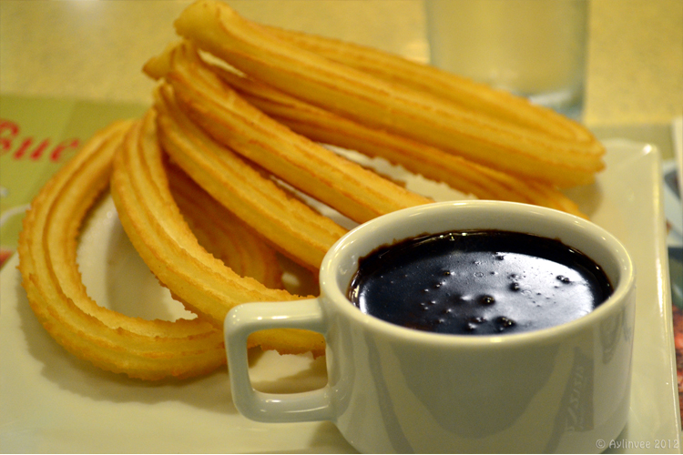Dulcinea's Churros con Chocolate