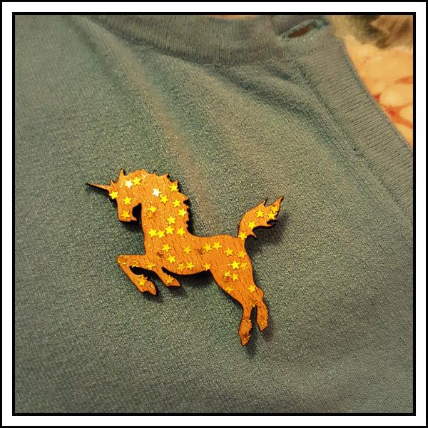 beautiful unicorn star brooch