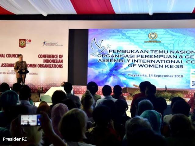 Jokowi Buka Temu Nasional Seribu Organisasi Perempuan Indonesia dan Sidang Umum ke-35 ICW