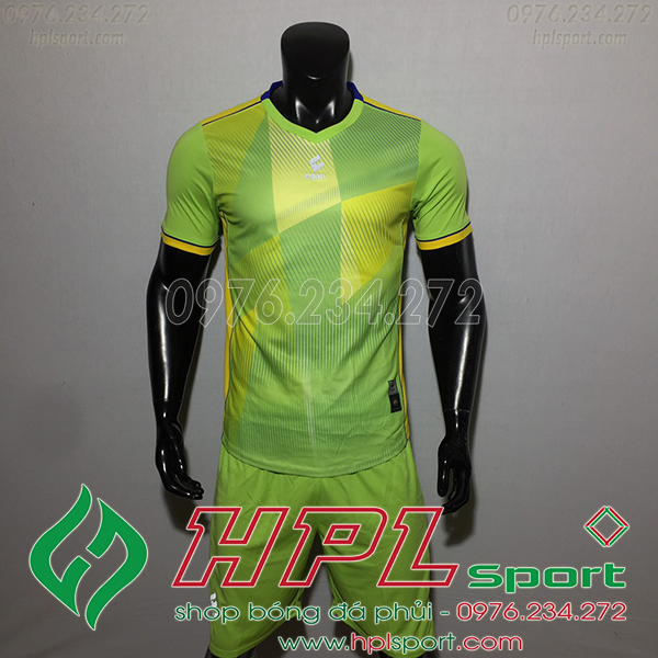 Áo bóng đá không logo Egan CaC màu xanh lá