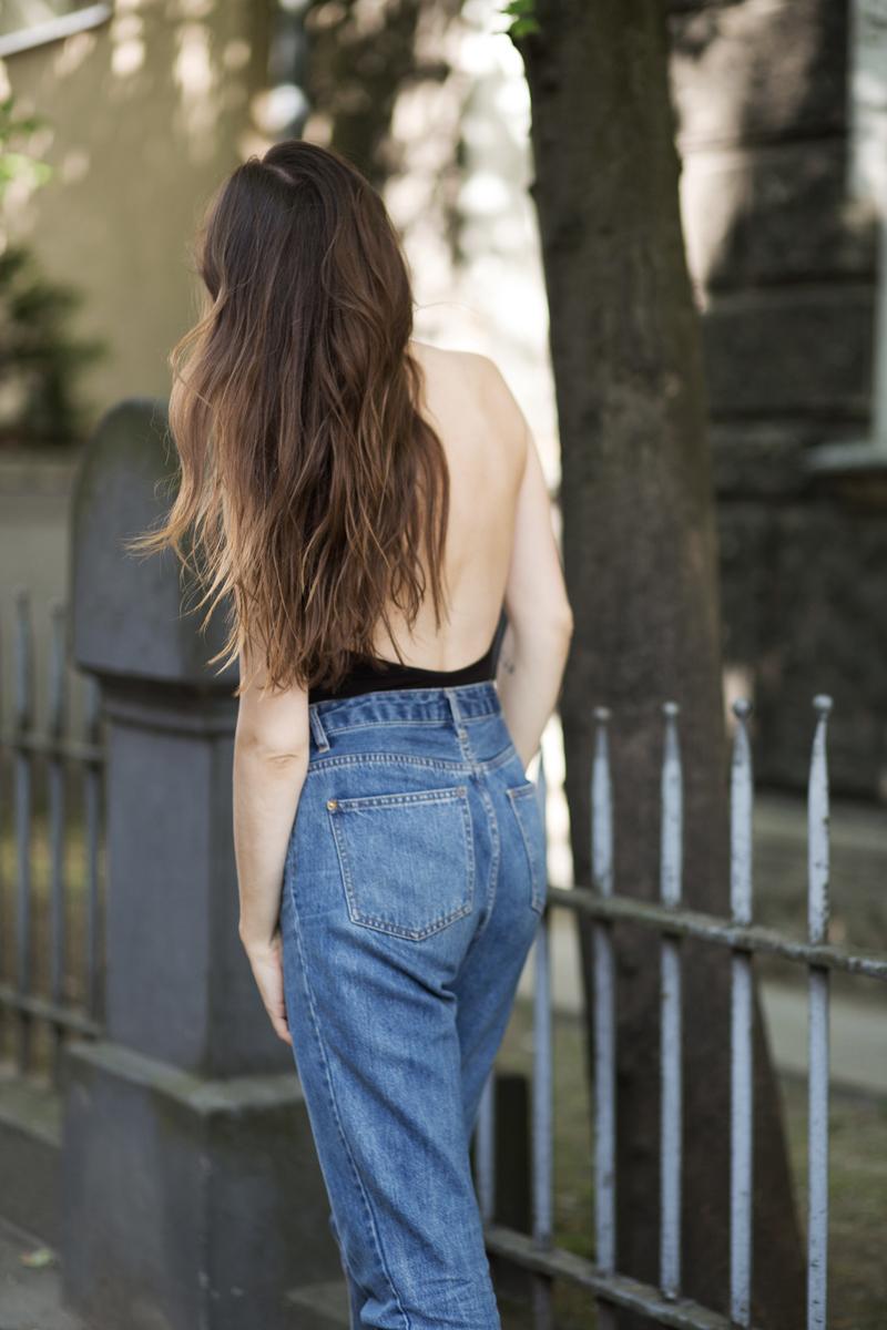https://www.patchouli.pl/kolekcja/basic/czarne-body-manhattan-z-mocno-wycietymi-plecami