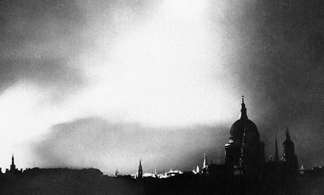 1 September 1940 worldwartwo.filminspector.com London Blitz