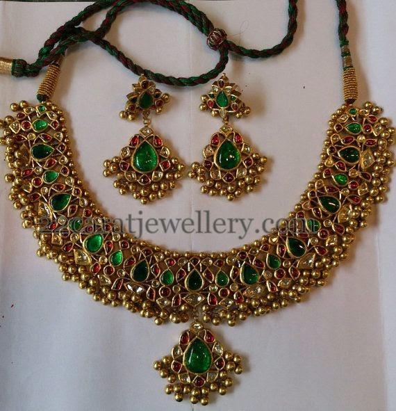 Tussi Patterned Jadau Necklace Jewellery Designs