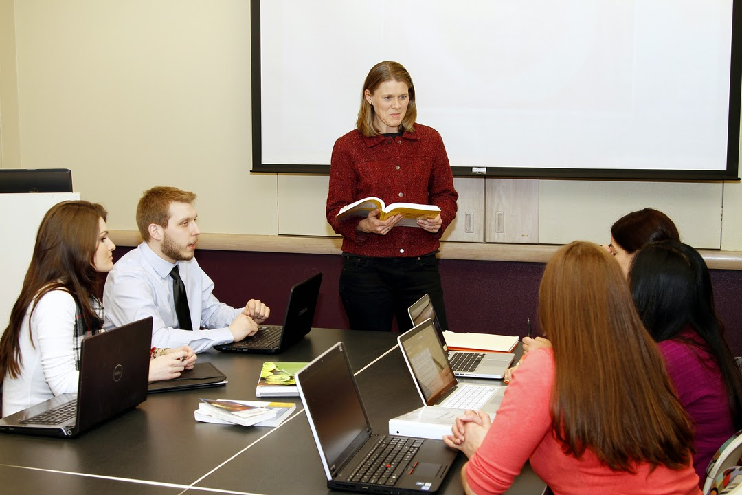 Amanda Walch, an assistant professor in the Dietetics program, leads a seminar on current issues in dietetics community nutrition and foodservice administration. The bachelor's degree in dietetics allows students to begin the rigorous requirements to become a registered dietitian.