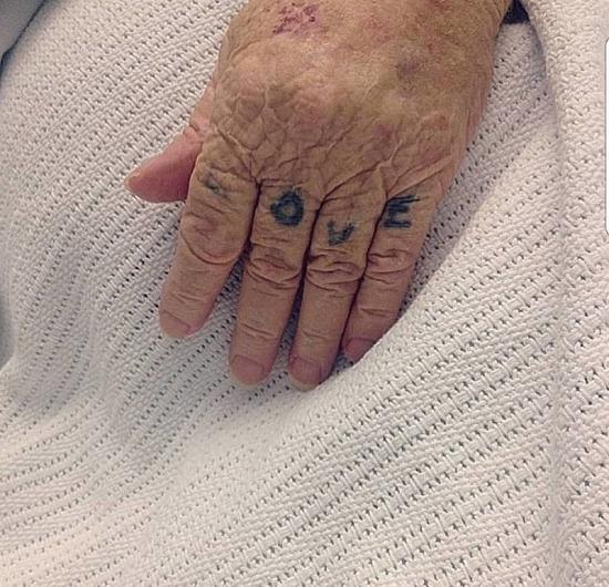 Słoneczne Właśnie Tak Wyglądają Tatuaże Na Starość Czas