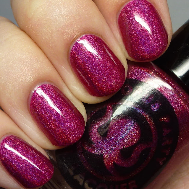 Octopus Party Nail Lacquer Ilex Vinum