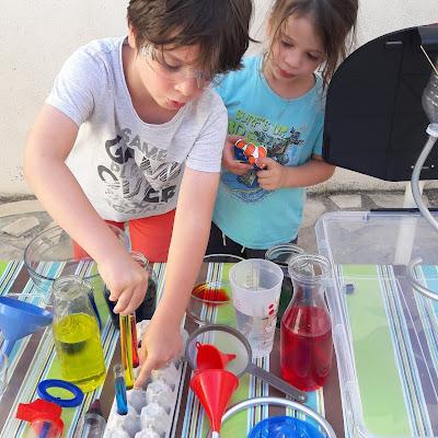 jeu d'eau amusant laboratoire chimiste sans danger enfants des 18 mois