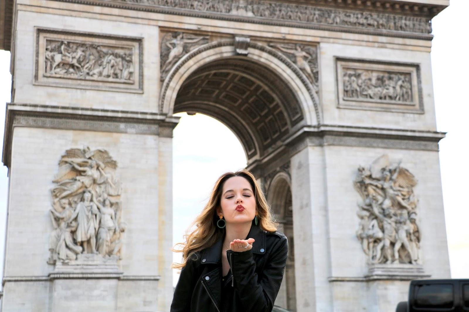 Arc de Triomphe in Paris blogger pics