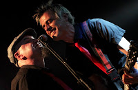 http://musicaengalego.blogspot.com.es/2014/11/fotos-barbituricos-sala-capitol.html