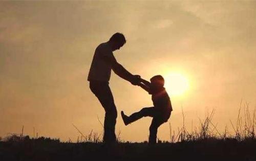 Cha mẹ có thể là thầy nhưng một người thầy không thể thành cha mẹ
