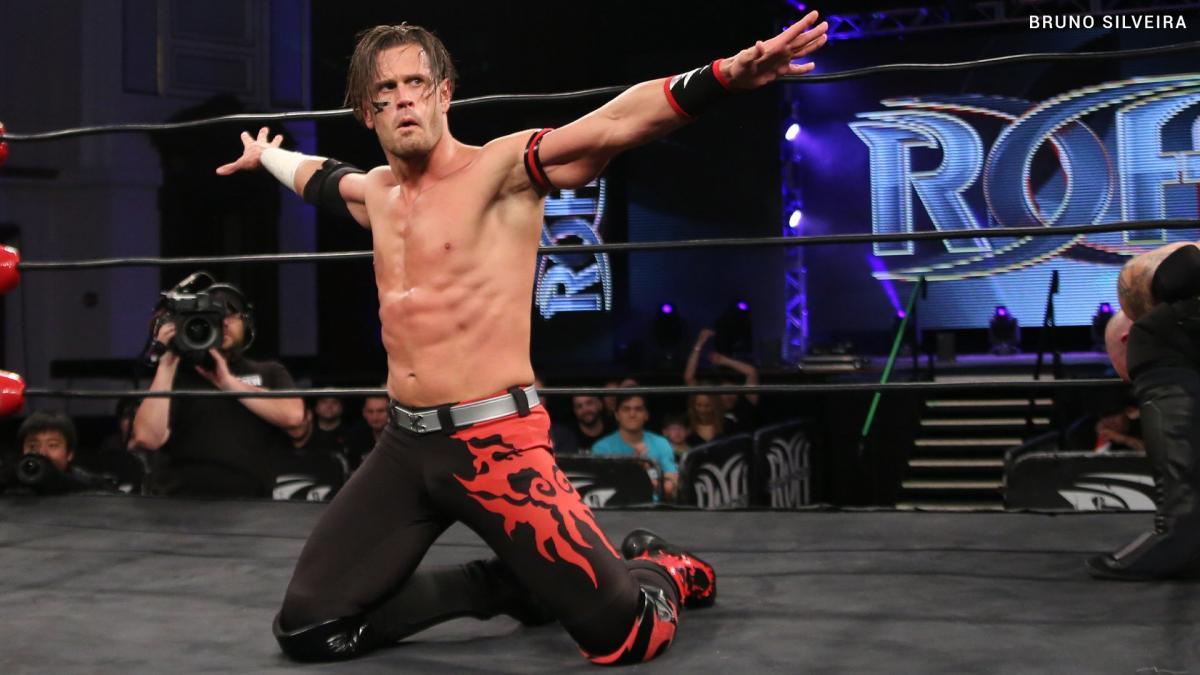 Alex Shelley faz sua estreia nos ringues da WWE