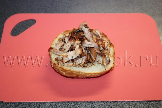 рецепт сэндвича со свининой барбекю и салатом коулслоу с пошаговыми фото
