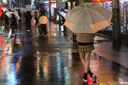 Di Balik Kehidupan Pelajar Wanita di Jepang