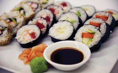 http://resepabu.blogspot.com/2017/05/resep-membuat-sushi-ala-indonesia.html