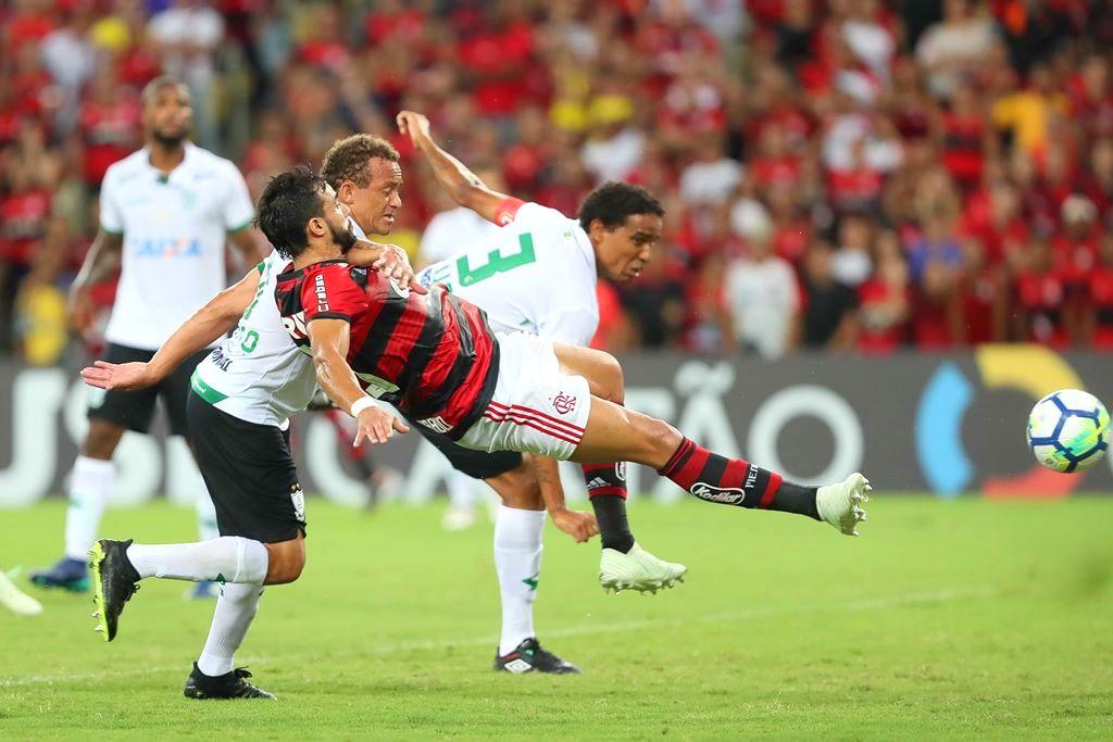 09c052ddba Henrique Dourado durante Flamengo x América-MG - Foto  Gilvan de Souza