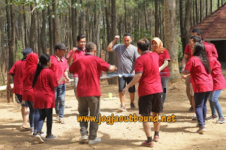 Outbound Di Puncak Becici