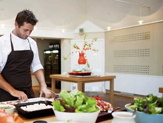Profesjonalnie, wygodnie oraz z klasą | Odzież gastronomiczna.