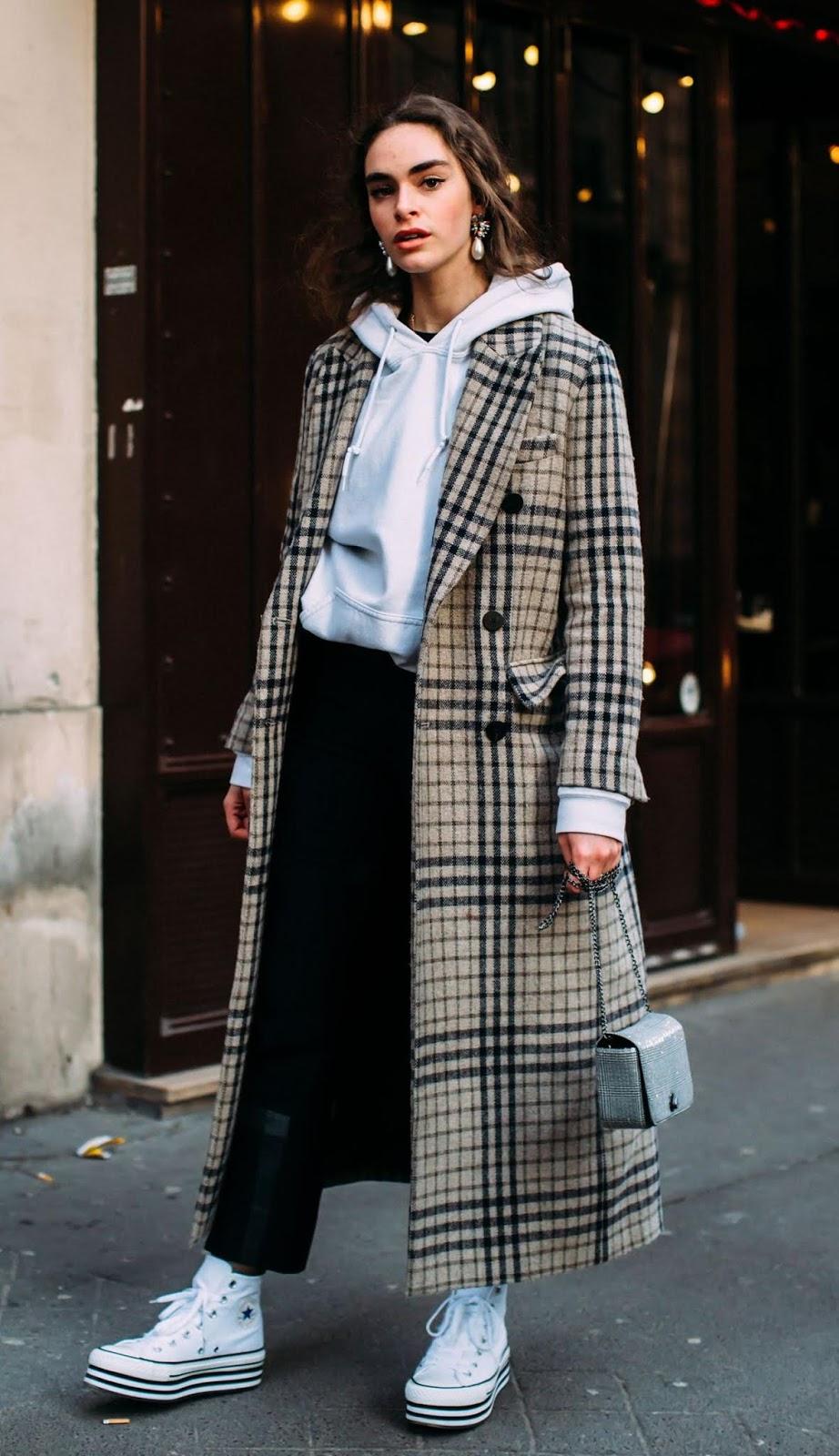 great fall outfit / plaid coat + sweatshirt + bag + skinnies + platform converse