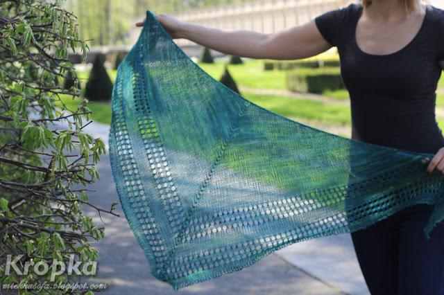 Chusta ręcznie zrobiona na drutach z wełny z merynosów