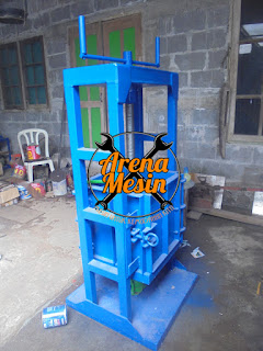 Mesin Press Sabut Kelapa Manual