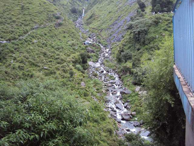 bhagsu naag water fall