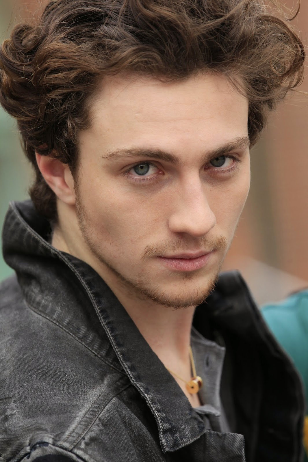 Fifty Shades Updates: HQ PHOTOS: Aaron Taylor-Johnson's ...