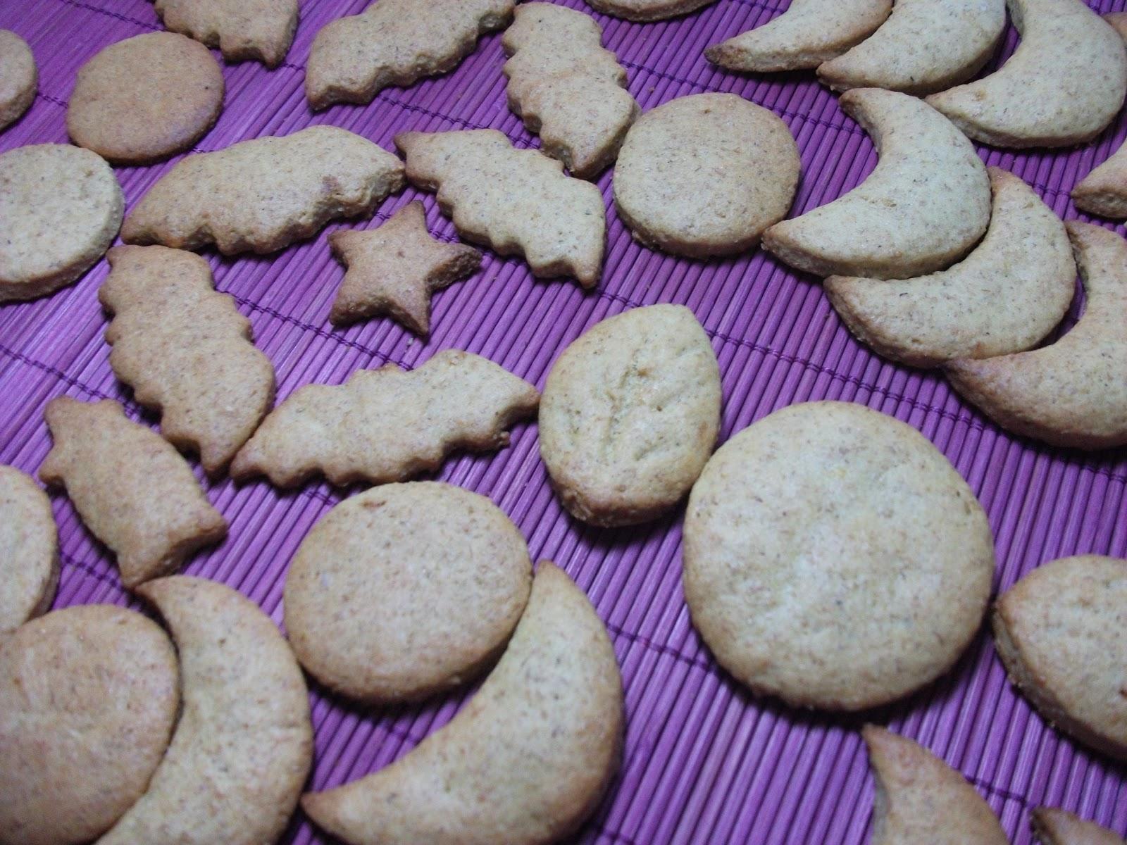 Bebe lucia hace galletas