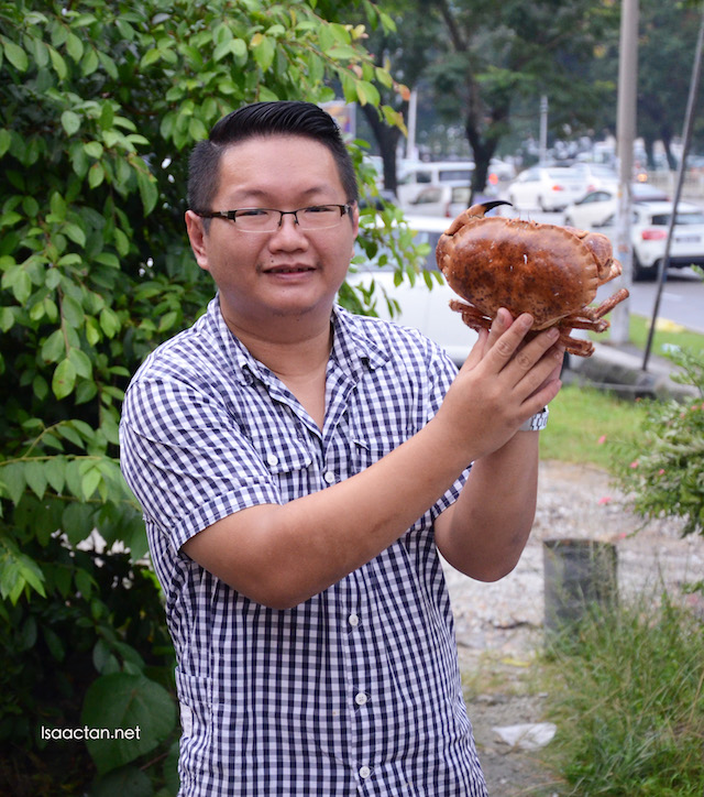 Chef Yeoh, the owner behind CEO BBQ Premium Seafood Barbecue.
